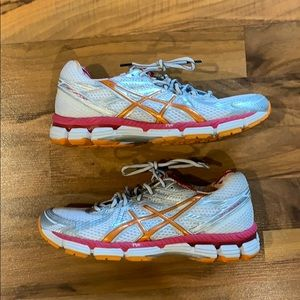 ASICS 2000 IGS pink orange gel running shoes 8